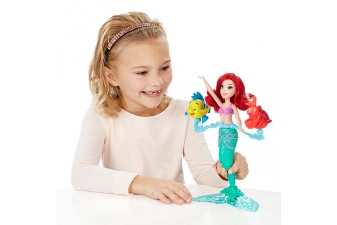 DISNEY PRINCESS Gira y Nada con Ariel