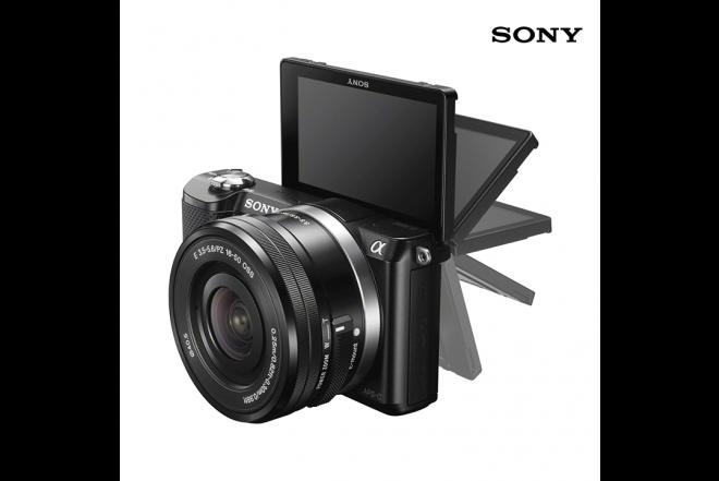 Cámara SONY Profesional A5000 8GB + Estuche Negro