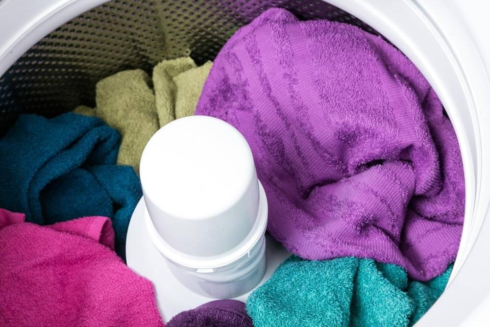 Lava mucho más sin perder precisión desprendiendo la suciedad de tus prendas.