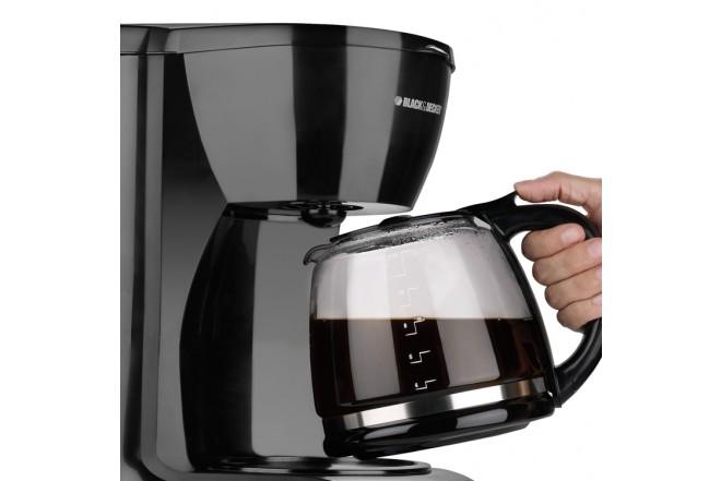 Cafetera Black & Decker 12 tazas CM0941B1