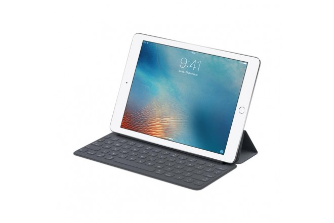 Smart Keyboard APPLE para iPad Pro 9.7""