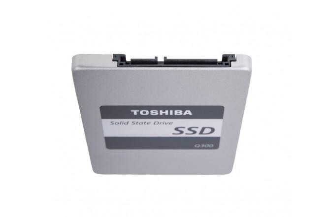 Disco Duro TOSHIBA - SSD-  240Gb