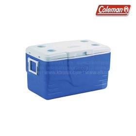 Hielera azul COLEMAN soporta hasta 71 latas