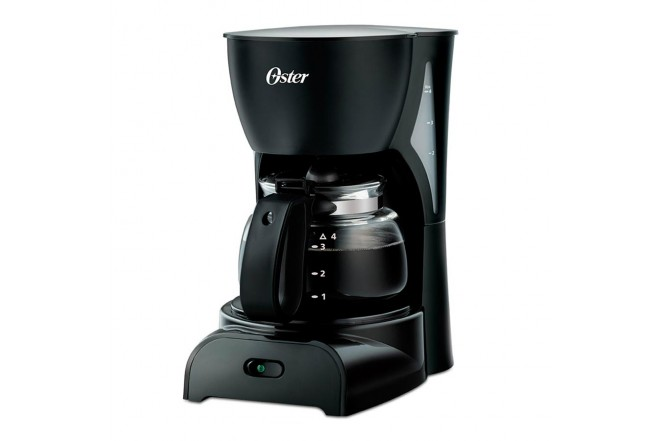 Cafetera OSTER 4 Tazas DR5B Negro1