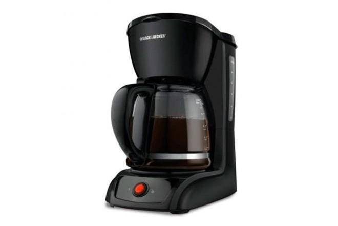 Cafetera BLACK & DECKER CM1201B Negro1