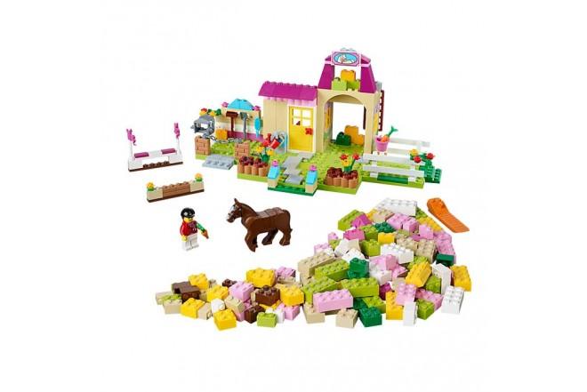 LEGO La Granja de los Ponis