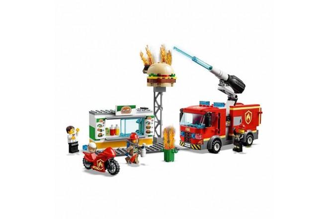 LEGO® City El Rescate del Bar de Hamburguesas2