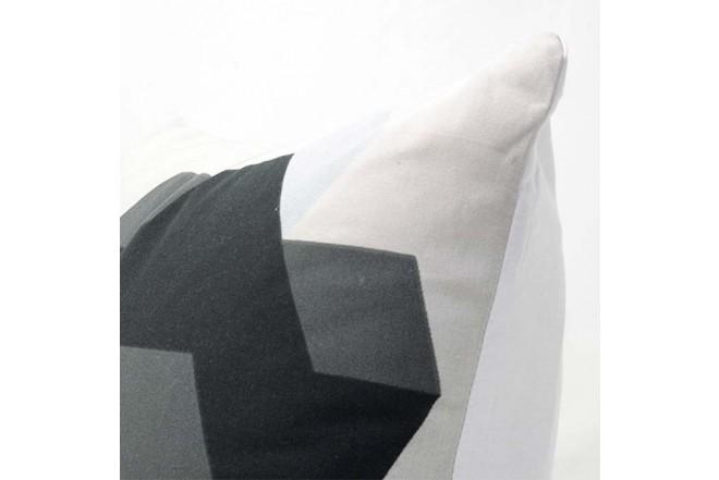 Cojín K-LINE 45 x 45 Estampado Blanco/Gris 91