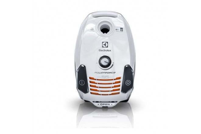 Aspiradora ELECTROLUX Power Force1
