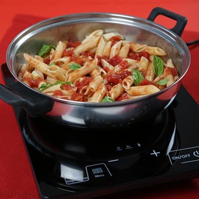Receta Kalley para pasta con salsa napolitana